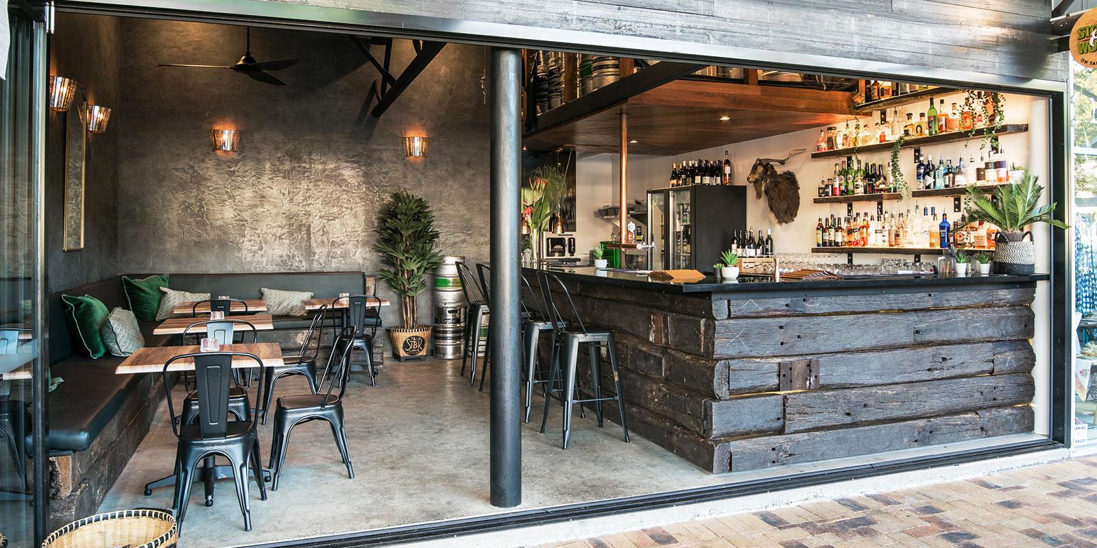 Eddie Cheeba's Bar